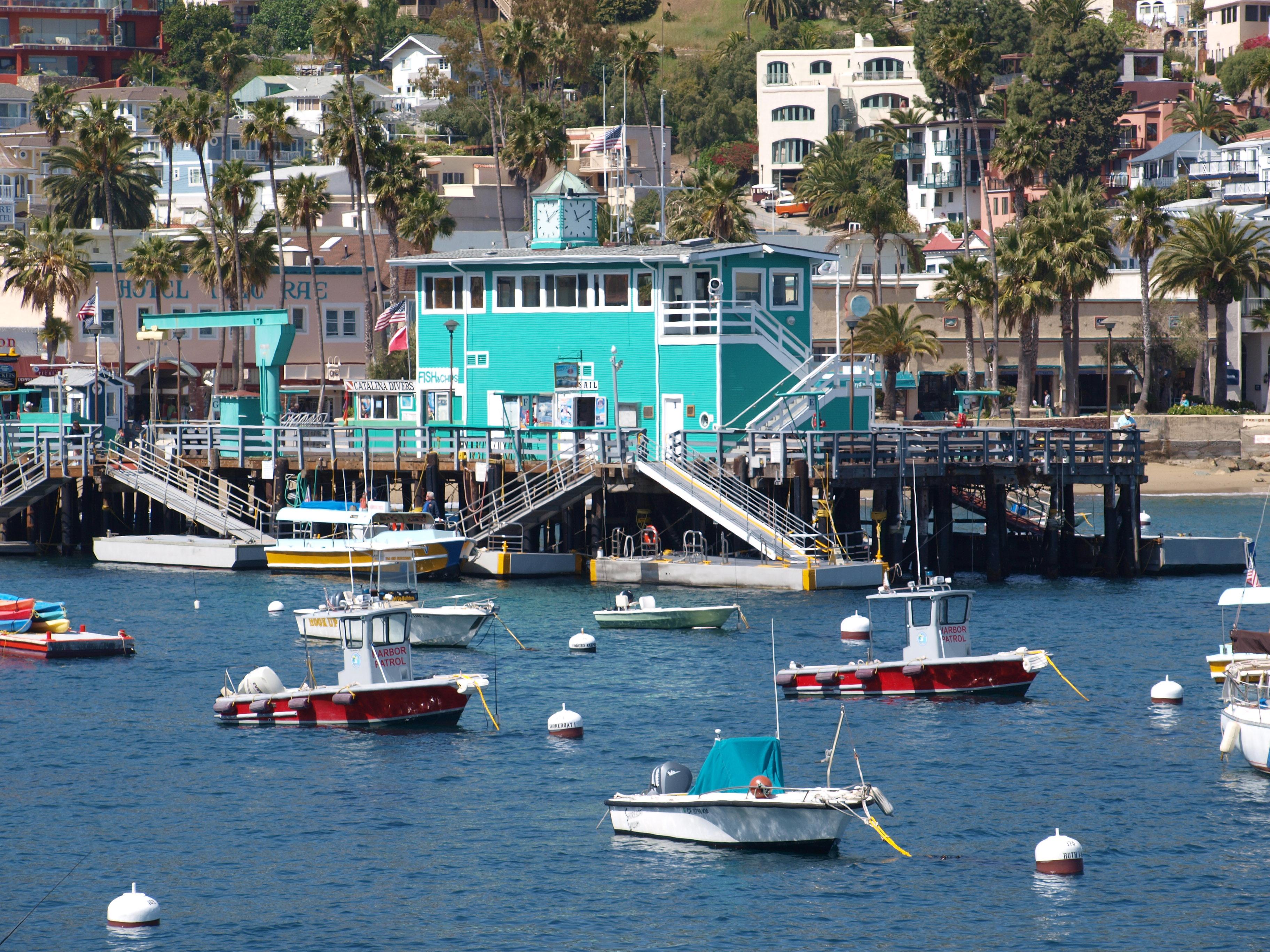 OLYMPUS DIGITAL CAMERA - Pier Fishing in California